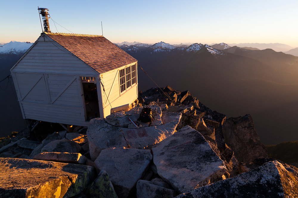 The fire lookout cabin on the summit of Hidden Lake Peaks, North Cascades National Park, Washington.