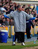 Photo: Alan Crowhurst.<br />Millwall v Swansea City. Coca Cola League 1. 31/03/2007.<br />Millwall manager Willie Donachie.