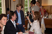 Dominic West, Chris Henchy, Luc Roeg and Saffron Burrows.  Lunch party for Brooke Shields hosted by charles finch and Patrick Cox. Mortons. Berkeley Sq. 6 July 2005. ONE TIME USE ONLY - DO NOT ARCHIVE  © Copyright Photograph by Dafydd Jones 66 Stockwell Park Rd. London SW9 0DA Tel 020 7733 0108 www.dafjones.com