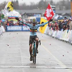 02-02-2020: Wielrennen: WK Veldrijden: Dubendorf<br /> Tibaut Nys wins worldtitel junior men