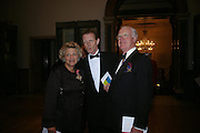 Dame Vivian Duffield, Sir Nicholas Serota and Jocelyn Stevens. Royal Academy Annual dinner to celebrate the opening of the Summer exhibition. Royal Academy. Piccadilly. London. 1 June 2005.  ONE TIME USE ONLY - DO NOT ARCHIVE  © Copyright Photograph by Dafydd Jones 66 Stockwell Park Rd. London SW9 0DA Tel 020 7733 0108 www.dafjones.com