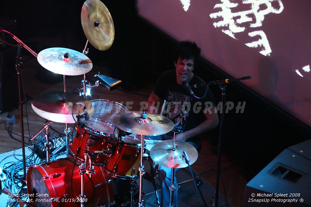 PONTIAC, MI, SUNDAY, JAN. 20, 2008: Paper Street Saints, Charlie Grover at The Crofoot, Pontiac, MI, 01/20/2008. (Image Credit: Michael Spleet / 2SnapsUp Photography)