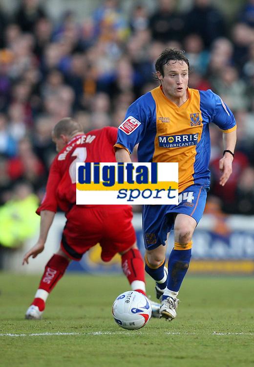 Photo: Rich Eaton.<br /> <br /> Shrewsbury Town v Milton Keynes Dons. Coca Cola League 2. Play off Semi Final, 1st Leg. 14/05/2007. Shrewsburys Ben Davies attacks