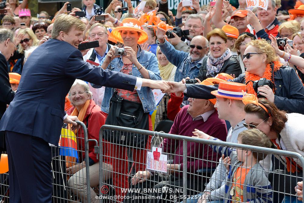 Koningsdag 2014 in Amstelveen, het vieren van de verjaardag van de koning. / Kingsday 2014 in Amstelveen, celebrating the birthday of the King. <br /> <br /> <br /> Op de foto / On the photo:  Koning Willem-Alexander  / King Willem-Alexander