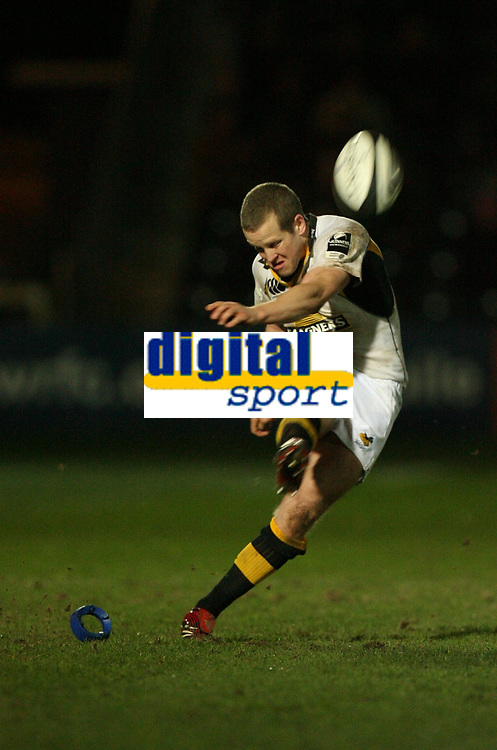 Photo: Rich Eaton.<br /> <br /> Worcester Rugby v London Wasps. Guinness Premiership. 26/01/2007. Dave Walder of Wasps misses this penalty with 10 minutes to go