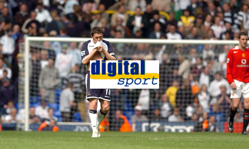 Photo: Leigh Quinnell.<br /> Tottenham Hotspur v Manchester United. The Barclays Premiership. 17/04/2006. Tottenham captain Robbie Keane after the game.