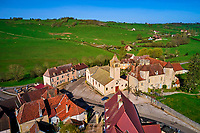 France, Saône-et-Loire (71), village de Oyé, Brionnais // France, Burgundy, Saône-et-Loire, Oyé village, Brionnais