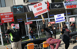 South Africa - Durban - 22 July 2020 - Staff at the restaurants in Windermere road in Durban take part in a protest to allow sale of alcohol and other lockdown regulations<br /> Picture; Doctor Ngcobo/African News Agency(ANA)