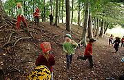 Svizzera, San Gallo, asilo nel bosco, i bambini quando ce n'è bisogno vengono richiamati con il suono di un flauto. ....Switzerland, St. Gallen, kindergarten in the wood. Children are free to run and enjoy in the wood no matter cold or snow...