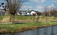 AMSTERDAM -  Openbare Golfbaan De Hoge Dijk in Amsterdam. COPYRIGHT KOEN SUYK