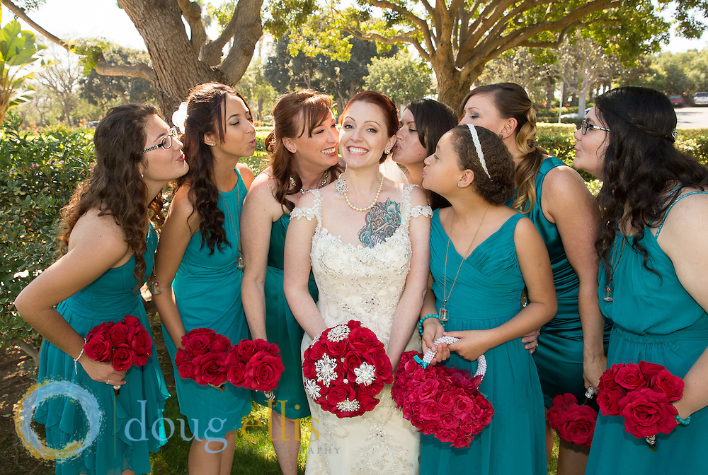 Professional wedding photos for Santa Barbara Courthouse, santa barbara outdoor weddings, casual outdoor beach weddings, ojai weddings, ventura weddings, and Malibu beach weddings