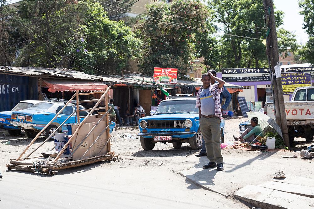 Roadtrip through the regions of Ethiopia: The streets of Addis Abeba