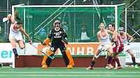 AMSTERDAM - Hockey - Maria Verschoor (Neth) op goal  Interland tussen de vrouwen van Nederland en Groot-Brittannië, in de Rabo Super Serie 2016 .  COPYRIGHT KOEN SUYK