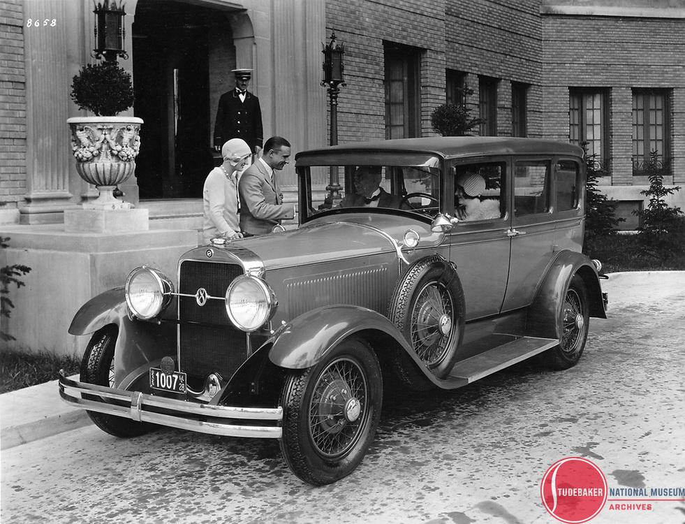 1928 Studebaker President Five-Passenger Sedan