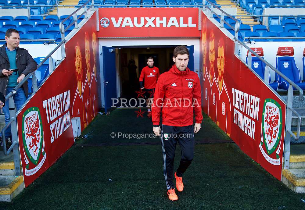CARDIFF, WALES - Monday, November 13, 2017: Wales' Ben Davies during a training session ahead of the international friendly match against Panama at the Cardiff City Stadium. (Pic by David Rawcliffe/Propaganda)