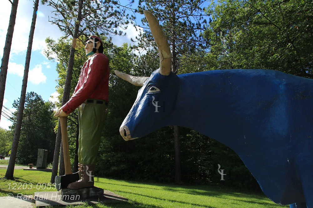 Statues of Paul Bunyan and his blue ox Babe at Ossineke, Michigan.