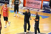DESCRIZIONE : Folgaria Allenamento Raduno Collegiale Nazionale Italia Maschile <br /> GIOCATORE : Simone Pianigiani<br /> CATEGORIA : curiosita mani<br /> SQUADRA : Nazionale Italia <br /> EVENTO :  Allenamento Raduno Folgaria<br /> GARA : Allenamento<br /> DATA : 17/07/2012 <br />  SPORT : Pallacanestro<br />  AUTORE : Agenzia Ciamillo-Castoria/GiulioCiamillo<br />  Galleria : FIP Nazionali 2012<br />  Fotonotizia : Folgaria Allenamento Raduno Collegiale Nazionale Italia Maschile <br />  Predefinita :