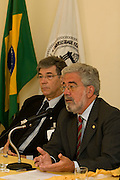 Belo Horizonte_MG, Brasil...I Encontro de Dirigentes das Fundacoes de Apoio das Instituicoes Publicas de Ensino Superior ( IPES ) de Minas Gerais. Na foto Marcio Zanini e Ronaldo Tadeu Pena...1st  Directors meeting of the Support Foundations of Public Institutions of Higher Education (IPES) of Minas Gerais. In this photo Marcio Zanini and Ronaldo Tadeu Pena...Foto: VICTOR SCHWANER /  NITRO