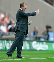 Photo: Tom Dulat.<br /> England v Estonia. UEFA European Championships Qualifying. 13/10/2007.<br /> Manager of England Steve McClaren during the game.