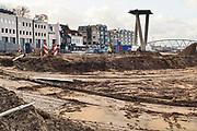 Nederland, Nijmegen, 12-2-2019Herinrichting van de Nijmeegse Waalkade. Deze reconstructie, herinrichting heeft GEEN relatie met Ruimte Voor De Rivier, het project om de rivieren hoog water bestendig te maken . De kade word gedeeltelijk verlaagd en krijgt een groenere inrichting .Het plan voorziet in meer groen en meer ruimte voor recreatie en voetgangers. De auto zal niet meer terugkomen.Foto: Flip Franssen