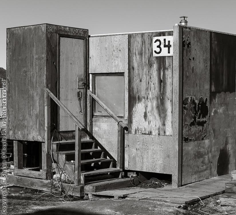 Warm up shack