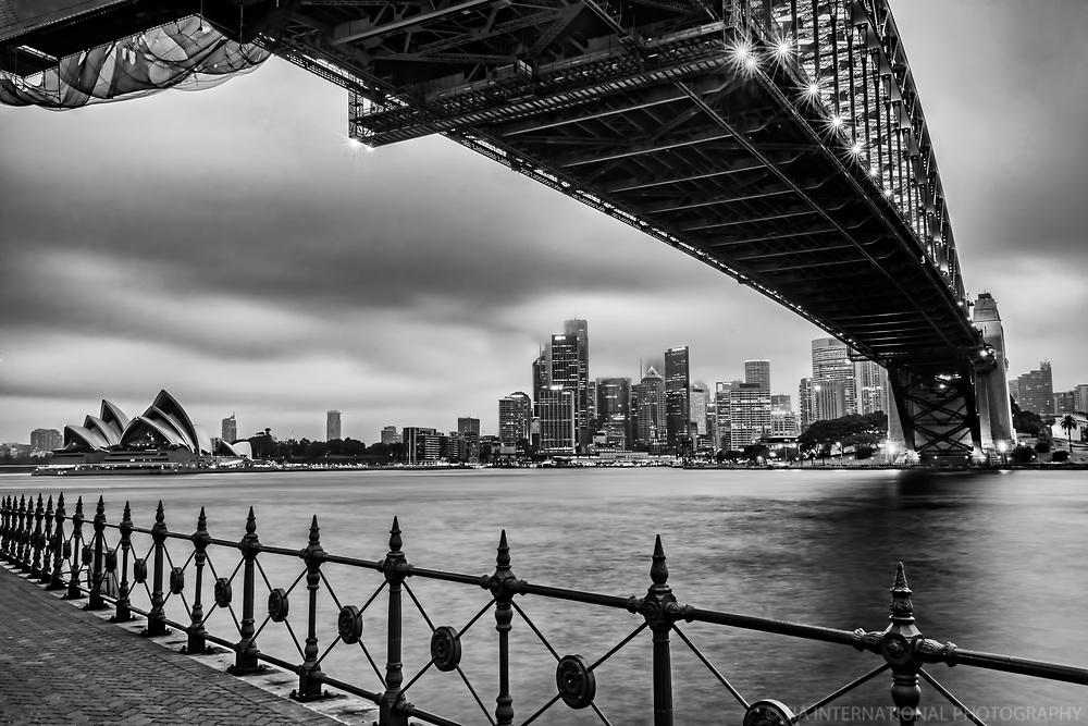 Sydney Harbour Bridge & Opera House (Overcast)