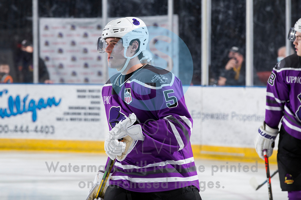 Youngstown Phantoms lose 3-2 in a shootout to the Muskegon Lumberjacks at the Covelli Centre on February 27, 2021.<br /> <br /> Bayard Hall, defenseman, 5