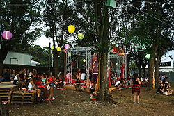Convidados do Camarote Coca-Cola participam da 20ª edição do Planeta Atlântida, que ocorre nos dias 29 e 30 de janeiro, na SABA, na praia de Atlântida, no Litoral Norte gaúcho.  Foto: André Feltes / Agência Preview