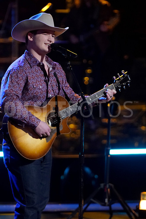 """THE VOICE  -- """"Knockout Rounds"""" Episode 2010 --  Pictured: Ethan Lively -- (Photo by: Tyler Golden/NBC)"""