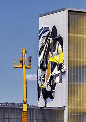 06.04.2019, Handelshafen, Linz, AUT, Saisonstart der Mural Harbour Gallery, am Samstag, 06. April 2019, anlässlich des Saisonstart der Mural Harbour Gallery, in Linz, im Bild der Künstler Satone (GER) bei seinem Graffiti // during the season start of the Mural Harbor Gallery at the Handelshafen in Linz, Austria on 2019/04/06. EXPA Pictures © 2019, PhotoCredit: EXPA/ JFK