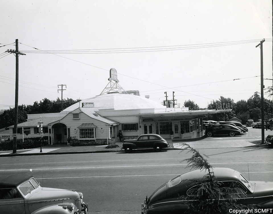 1942 Brown Derby Car Cafe on Los Feliz Blvd. in Hollywood