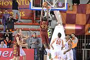 DESCRIZIONE : Campionato 2013/14 Acea Virtus Roma - Umana Reyer Venezia<br /> GIOCATORE : Tony Easley<br /> CATEGORIA : Schiacciata Controcampo<br /> SQUADRA : Umana Reyer Venezia<br /> EVENTO : LegaBasket Serie A Beko 2013/2014<br /> GARA : Acea Virtus Roma - Umana Reyer Venezia<br /> DATA : 05/01/2014<br /> SPORT : Pallacanestro <br /> AUTORE : Agenzia Ciamillo-Castoria / GiulioCiamillo<br /> Galleria : LegaBasket Serie A Beko 2013/2014<br /> Fotonotizia : Campionato 2013/14 Acea Virtus Roma - Umana Reyer Venezia<br /> Predefinita :
