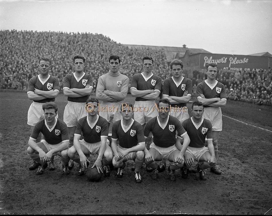 17/03/1959<br /> 03/17/1959<br /> 17 March 1959<br /> Soccer: League of Ireland v English League at Dalymount Park, Dublin. The Irish team.