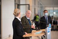 DEU, Deutschland, Germany, Berlin, 18.05.2021: Alexander Gauland und Alice Weidel, Vorsitzende der AfD-Bundestagsfraktion, bei einem Pressestatement im Deutschen Bundestag.