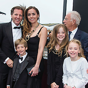 NLD/Amsterdam/20140508 - Wereldpremiere voorstelling Anne, Michiel Mol, vader Jan Mol en partner Marlous Mens en zijn kinderen Paul, Mythe en Pieter