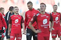 Fotball<br /> 18.08.2018<br /> Eliteserien<br /> Brann Stadion<br /> Brann - Sarpsborg 08<br /> Taijo Teniste (L) , Azar Karadas (3R) Ruben Yttergård Jensen (2R) og Peter Orry Larsen (R) , Brann<br /> Foto: Astrid M. Nordhaug