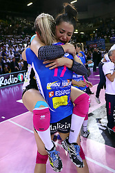 11-05-2017 ITA: Finale Liu Jo Modena - Igor Gorgonzola Novara, Modena<br /> Novara heeft de titel in de Italiaanse Serie A1 Femminile gepakt. Novara was oppermachtig in de vierde finalewedstrijd. Door een 3-0 zege is het Italiaanse kampioenschap binnen. / BARUN-SUSNJAR KATARINA en SANSONNA STEFANIA<br /> <br /> ***NETHERLANDS ONLY***