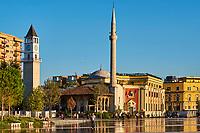 Albanie, Tirana, place Skanderbeg, mosquée Etehem Bey // Albania, Tirana, Skanderbeg square, Etehem Bey mosque