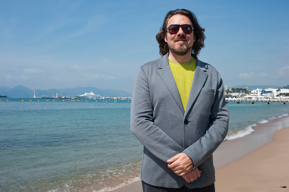 CANNES, FRANCE - MAY 12  Jonathan Ross   on the the beach in Cannes presenting for Cinémoi TV  in Cannes, Franceduring the 64th Cannes Film Festival on May 12, 2011 in Cannes, France