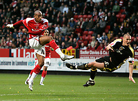 Photo: Tom Dulat/Sportsbeat Images.<br /> <br /> Charlton Athletic v Cardiff City. Coca Cola Championship. 10/11/2007.<br /> <br /> Charlton Athletic's Chris Iwelumo scores second goal of the game. Charlton leads 2-0, Cardiff City's Darren Purse misses to save the ball.