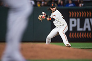 San Francisco Giants shortstop Brandon Crawford (35) fields a Los Angeles Dodgers ground ball at AT&T Park in San Francisco, California, on September 13, 2017. (Stan Olszewski/Special to S.F. Examiner)