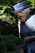 Prinses Beatrix tijdens de reunie van het Genootschap Engelandvaarders. In de Tweede Wereldoorlog staken de verzetsleden met een bootje over naar Engeland en hielpen Nederland mee te bevrijden. <br /> <br /> Princess Beatrix during the reunion of the Society England boaters. In World War II resistance members by boat crossed to England and helped liberate the Netherlands with.<br /> <br /> Op de foto / On the photo:  Prinses Beatrix