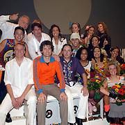 NLD/Tilburg/20061105 - Premiere Oebele, cast, Joris Lutz en Nol Havens, VOF de Kunst