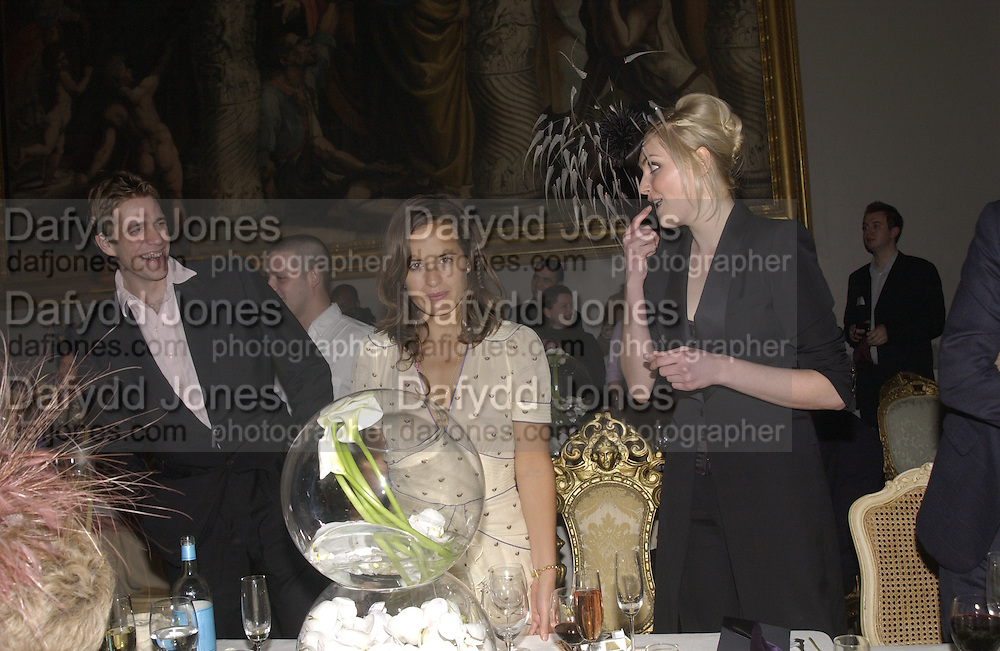Ben Elliot, Jade Jagger and Sophie Dahl. Moet and Chandon fashion tribute to Philip treacy. V. & a. 16 April 2002. © Copyright Photograph by Dafydd Jones 66 Stockwell Park Rd. London SW9 0DA Tel 020 7733 0108 www.dafjones.com