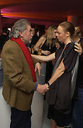 David Bailey and Stella McCartney. Private view for Unseen Vogue, Design museum. 31 November 2002. © Copyright Photograph by Dafydd Jones 66 Stockwell Park Rd. London SW9 0DA Tel 020 7733 0108 www.dafjones.com