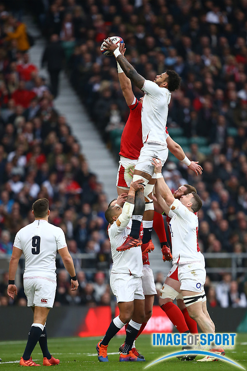 Courtney Lawes of England wins the ball in a lineout during the Guinness Six Nations between England and Wales at Twickenham Stadium, Saturday, March 7, 2020, in London, United Kingdom. (Mitchell Gunn-ESPA-Images/Image of Sport)