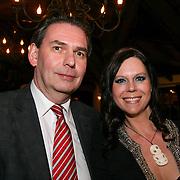 NLD/HENGELO/20130326 - HET NIJE DINER- JAN BRUINS SAMEN MET BIANCA LEUSINK