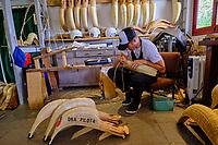 France, Pyrénées-Atlantiques (64), Pays Basque, Bidart,  Jon Tambourindeguy dans l'atelier Ona Pilota, fabrication chistera et de pelote // France, Pyrénées-Atlantiques (64), Basque Country, Bidart, Jon and Patxi Tambourindeguy the studio Ona Pilota, manufacturing chistera and ball