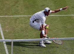 25.06.2010, Wimbledon, GBR, ATP World Tour, Grand Slam, Wimbledon, Men's singles, Gael Monfils (FRA) vs Lleyton Hewitt (AUS), im Bild Lleyton Hewitt (AUS). EXPA Pictures © 2010, PhotoCredit: EXPA/ IPS/ Marc Atkins / SPORTIDA PHOTO AGENCY