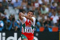 Friidrett<br /> VM 2003 Paris<br /> NORWAY ONLY<br /> Foto: Digitalsport<br /> <br /> ATHLETICS - IAAF WORLD CHAMPIONSHIPS 2003 - PARIS 2003 (FRA) - STADE DE FRANCE - 25/08/2003 - PHOTO : FRANCK FAUGERE<br /> HAMMER THROW - IVAN TIKHON (BLR) *** Local Caption *** 20001204
